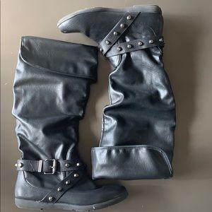 Like new! Black Aldo Boots